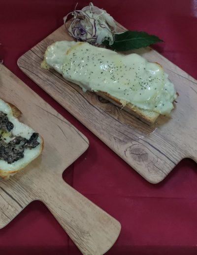 Crostone pecorino di Pienza -Trattoria la chiocciola - Ristorante Pienza